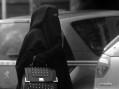 Niqaben og steiningen av djevelen