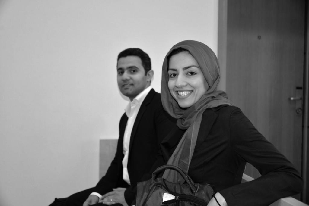 Hamideh Kaffash und Shain Aubarnejad am Bezirksgericht Oslo. FOTO: Privat